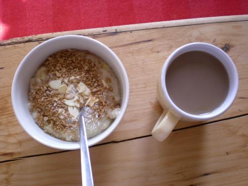 banana oats, grape nuts, slivered almonds, coconut